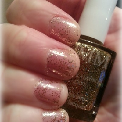 Color Me Monthly Boutique Quality Nail Polish  Subscription Box Review