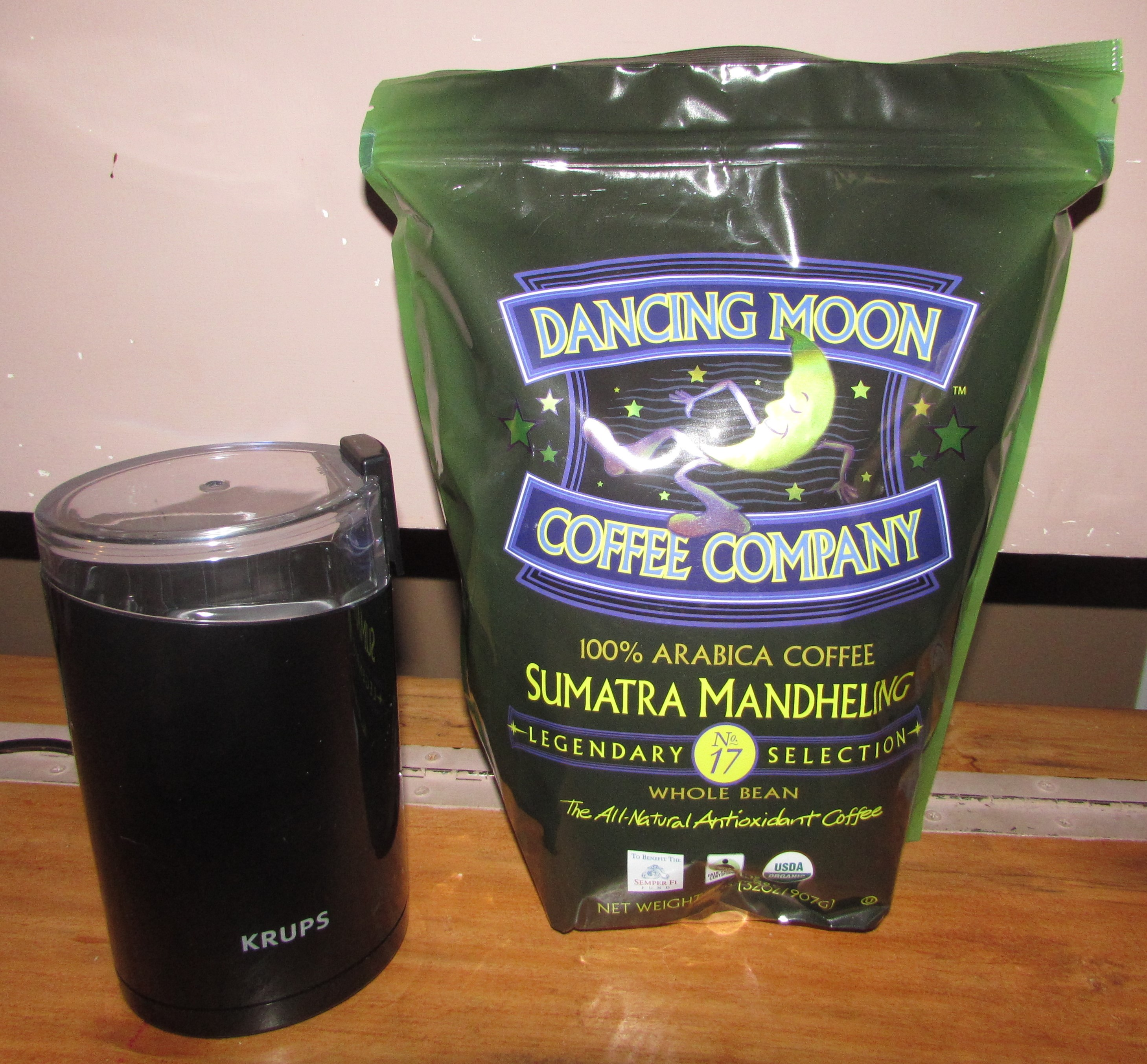 Dancing Moon Coffee Review  Product Review Cafe 1