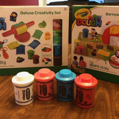 Crayola Dough Barnyard Play Centre and Deluxe Creativity Set Review