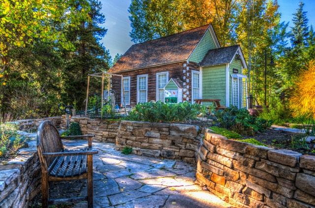 Essential Garden Maintenance Tips