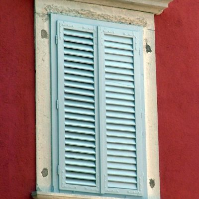 Expert's Advice: How To Buy Outdoor Blinds And Awnings
