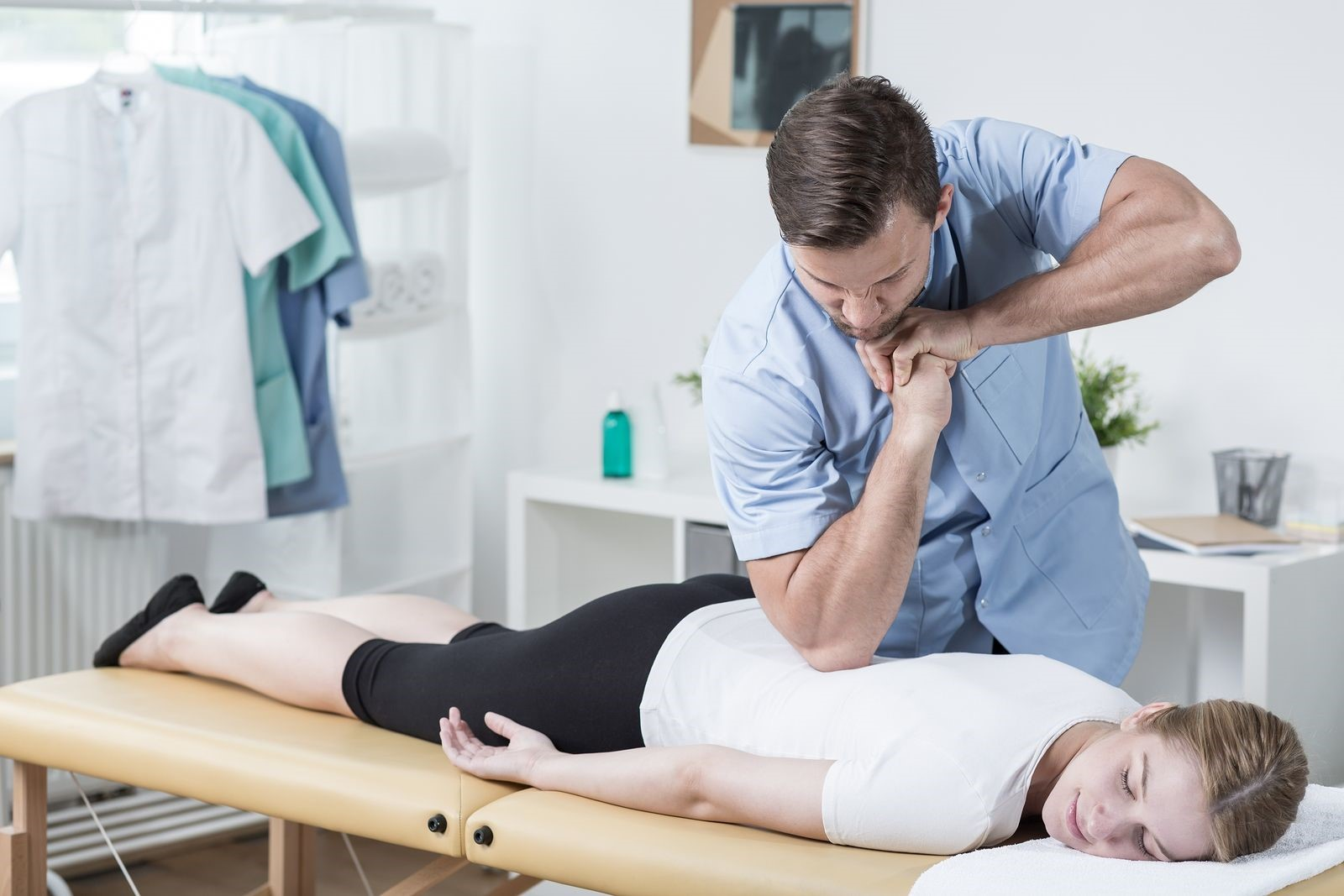 Why You Should Be Visiting A Chiropractor