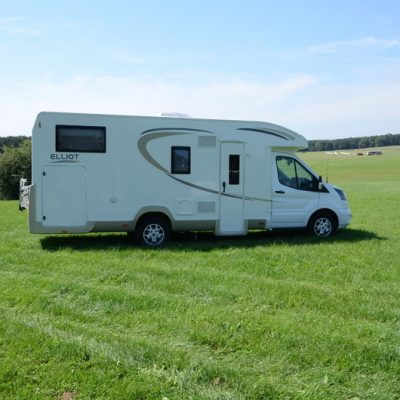 5 Reasons to Invest in a Camper