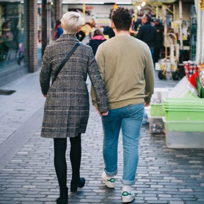 10 Essential Shopping Tips for Couples