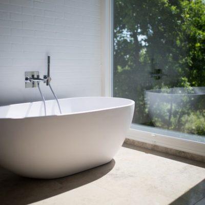 The Tips You Need For The Perfect Bachelor Pad Bathroom!