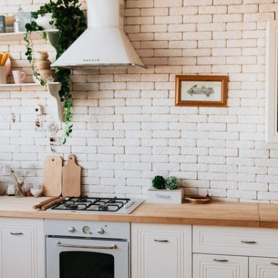 3 Things To Consider When Choosing New Countertops For Your Kitchen
